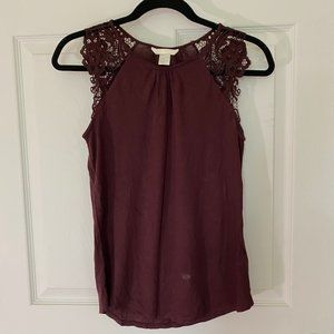 Maroon Slim-Fitted Lace Sleeved Blouse
